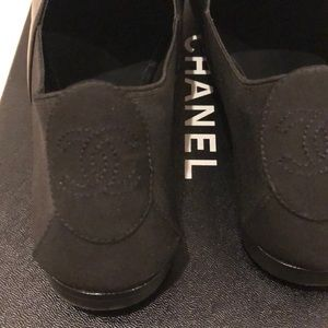 CHANEL Shoes - Chanel slip on with logo flower